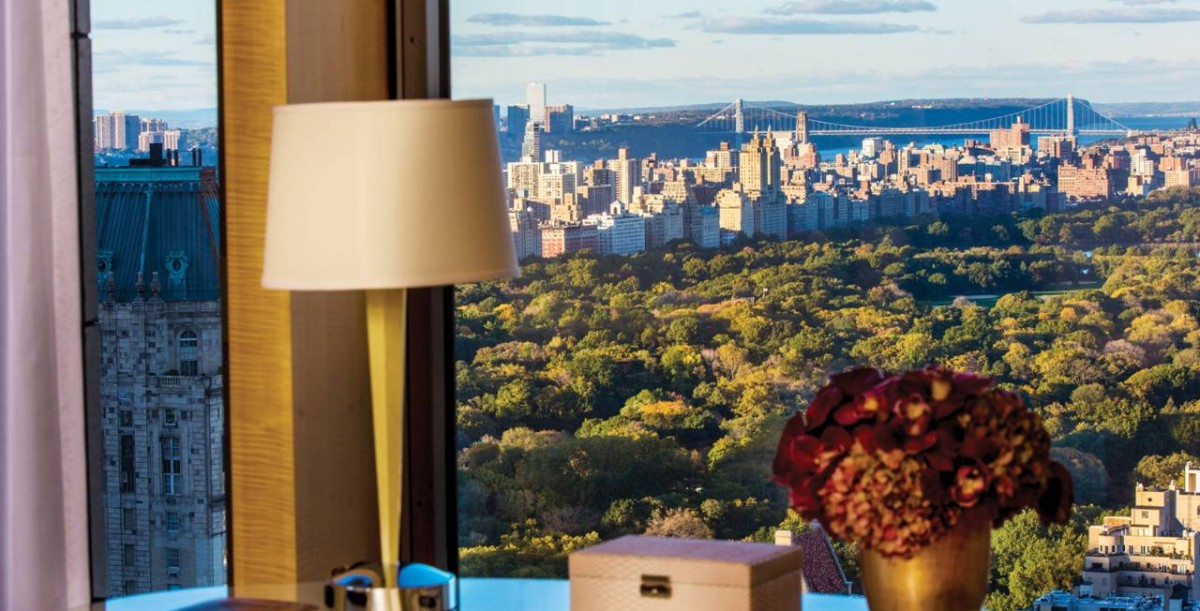 Top 5 Most Expensive Vs The Est Hotels In Nyc