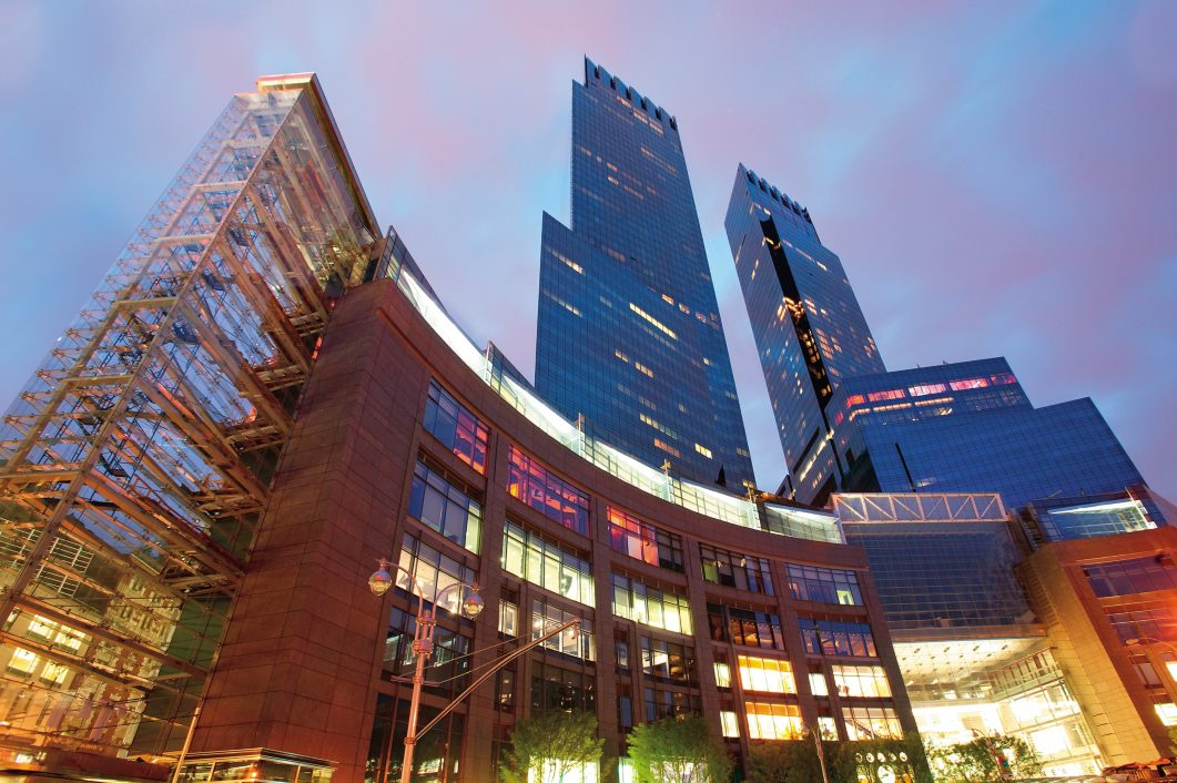 Top 5 Most Expensive Vs. The 5 Cheapest Hotels In NYC